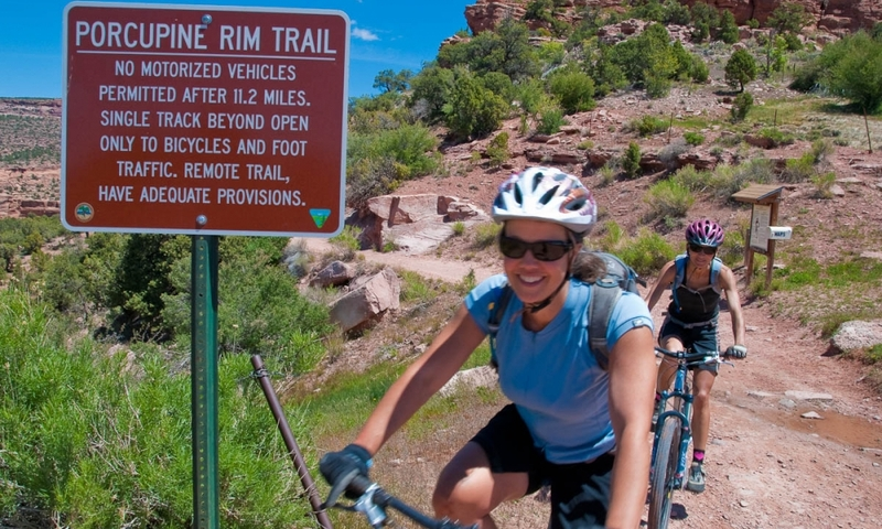 Porcupine Rim Trail Mountain Biking Moab Utah